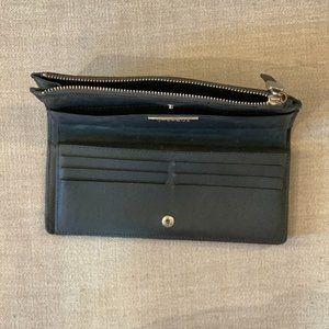 Uterque Wallet!